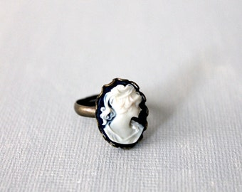 Victorian Lady Cameo Ring