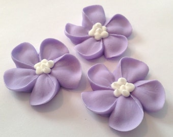 LOT of 100 Royal Icing flowers for Cake Decorating Sugar Flowers