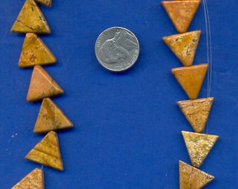 Strand of 16mm Triangle Beads: Picture Jasper