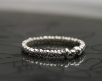 Beading hysteria - ONE solid sterling silver narrow ring, stackable ring