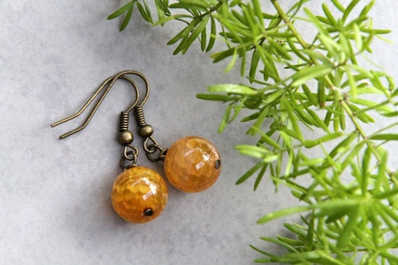SALE - Main Squeeze -  Yellow Orange Crackle Agate Bead Earrings