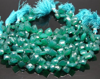 8pcs - natural green onyx faceted cosion sized 13 by 13mm