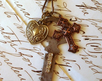 Vintage Key Charm Necklace Floral Heart Copper Cross Christian Icon Rhinestones Brass Ball Necklace   C 7-7