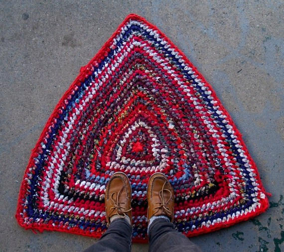 Purple Triangle Rug: Red Triangle Rag Rug By BraveHandTextiles On Etsy