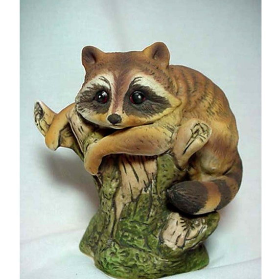 Raccoon by Enesco Numbered  E 9025 Porcelain Home Decor Collectibles Figurines Animal Figurine Wild Animals Raccoon