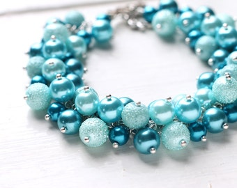 Teal Blue Wedding Bridesmaid Jewelry Pearl Cluster Bracelet, Bridal Party - Bubbles
