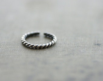 Twisted Rope Toe Ring Sterling Silver