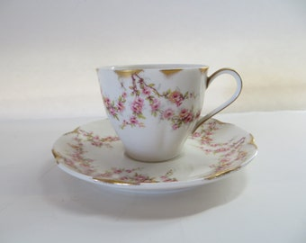 Vintage Haviland Limoges Demitasse Tea Cup and Saucer-VAREENE-Mint Condition-Pink Roses-Gold Gilt