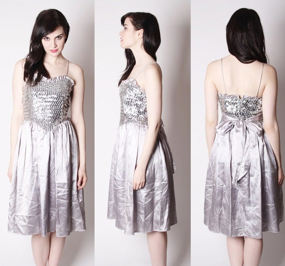Alternative Wedding Songs 2019: Dove Gray Vintage 80s Sequin Ballerina Prom Dress / Silver