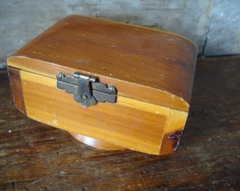 Vintage Small Wooden Cedar Box Sweet Very Solid Primitive