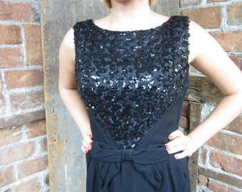 On Sale Vintage 1960s Black SEQUIN Dress. Little Black Dress. 689