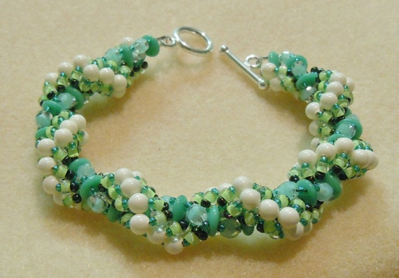 PATTERN Magic Twist Spiral bracelet with CzechMate 2 hole Lentil or brick beads
