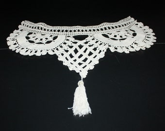 Vintage Crochet Trm for Dress or Pillow With Tassel
