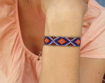 Huichol Native American Inspired Blue Beaded Bracelet C