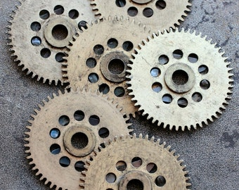 Vintage clock brass gears -- set of 6 -- D17