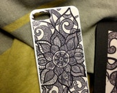 I phone 4 and 4S case