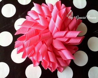 Korker Hair Bow in Hot Pink