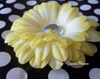 Light Yellow Gerbera Daisy Hair Clip