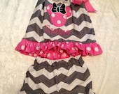 Minnie Mouse Inspired Shorts outfit in Gray Chevron