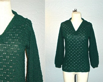 Vintage 1970's sweater FOREST GREEN bubble knit texture - S/M