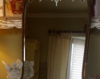 REDUCED/Was 149/Vintage/Antique Shabby Romantic Mirror