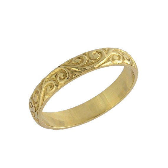 Antique Scroll Bands: Vintage Scrolls Engraved Wedding Band In Yellow Gold
