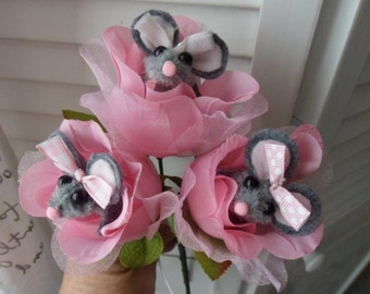 Mouse Finger Puppet bookmarks/ Mother's Day