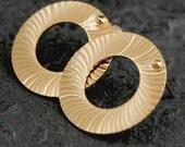 Women Gift, Circle Earrings, Gold Earrings, Stud Earrings, Gold Stud Earrings, Gold Circle Earrings, Gold Round Earrings, Handmade Jewelry