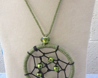 Macrame Dreamcatcher Necklace (Green)