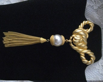 HUGE 1980s BROOCH Faux Pearl, Tassle, and Knotted Design - Awesome