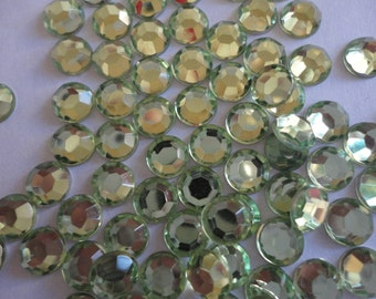 Light green acrylic rhinestones decoden deco diy 6 mm  more than  50 pcs---USA seller