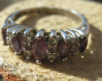 Vintage Sterling Silver Ladies Ring Band with Glass Ameythest and Rhinestones Older Ring Size 6