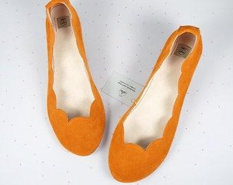 Ballet Flats Shoes in Tangerine Orange Pumpink Soft Suede Scalloped Slip on