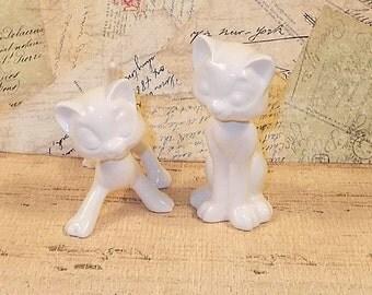 Aristocrat Cat Wedding Cake Toppers / Cat Figurines -  Classic White