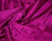 Silk Dupioni in magenta and black - Fat quarter - D 179
