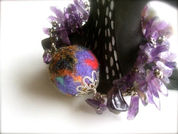 Amethyst Dreams -Amethyst Bracelet with felt bubble -  Amethyst Stone Bracelet - Handmade  - Amethyst Jewelry