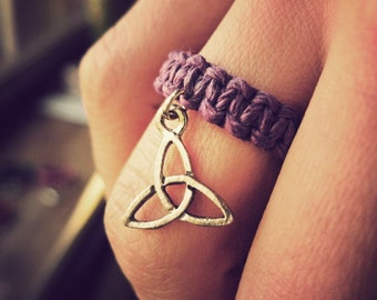 Triquetra Charm Ring, Macrame Knotted Ring