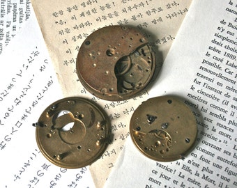 Vintage Pocket Watch Mechanisms for Altered Art or Collage - Collection 65