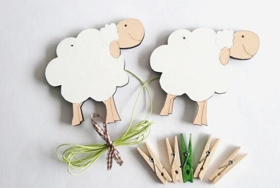 Kids art display hanger- White sheep-kids wall art, kids art hangers, children art decor, displaying kids art, baby shower decoration