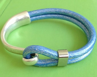 Metalic Blue Leather and Silver Bracelet