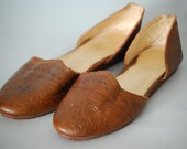 1970's Tan Handmade Tooled Leather Slip On Shoes