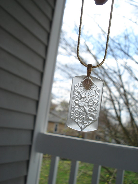 Vintage Antique Frosted Lalique Style Pendant Gold Forest Woodland
