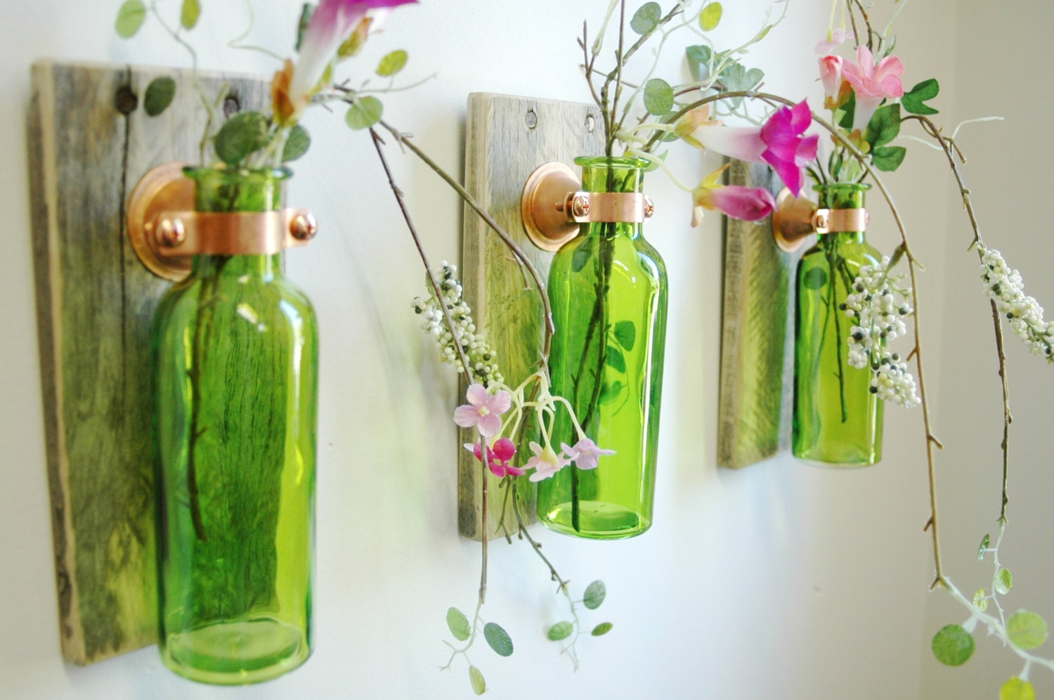 Farmhouse style glass bottle trio farmhouse style wall decor for Bottle painting materials