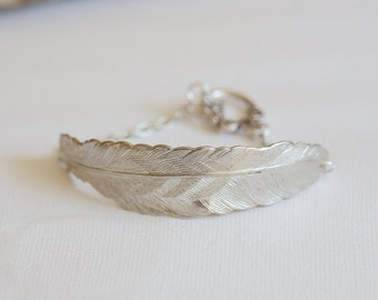 Silver Feather Bracelet,Jewelry, Bracelet,Silver Feather Jewelry,Fall Leaf Jewelry,Autumn,Bride,Wedding.