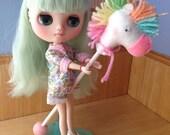 Unicorn toy for Middie Blythe