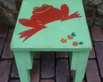 Wood Stool for Child or Porch. Painted Green with Red Frog. Vintage 1960s. Bedroom Bathroom Stool.