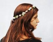 Daisy Headband - Tiny White Daisy Hair Wreath, Daisy Crown. EDC, Woodland Wedding, Fall Fashion, Bridesmaids Gift, Daisies, D04