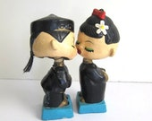 Let's Kiss, Novelty Bobble Head Lovers, Adorable
