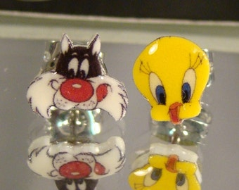 Sylvester and Tweety Bird Stud Earrings - Looney Tunes - surgical steel