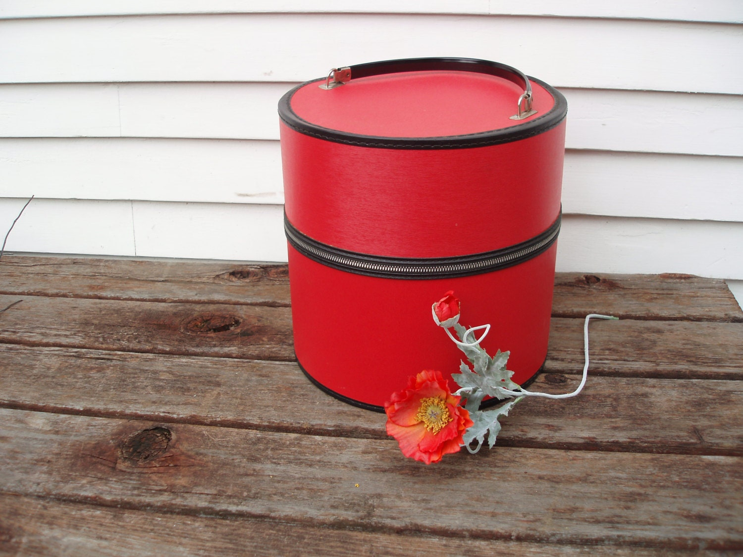 Vintage Wig Box Large Hat Box 1960s Mod Red Travel Hat Box